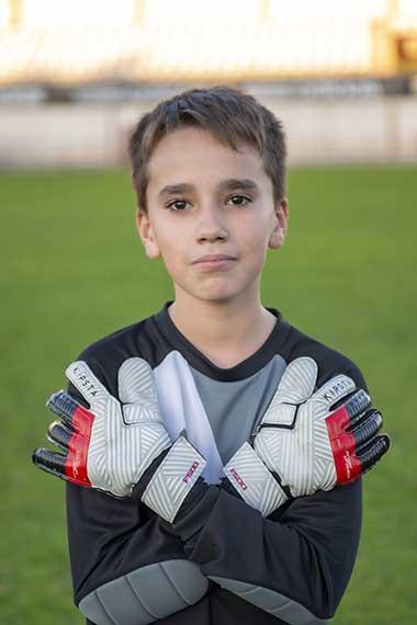 13 - Héctor Ausin