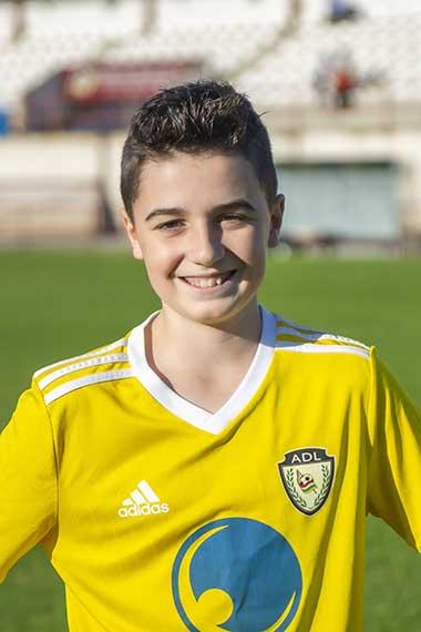 19 - Sergio Montalvo
