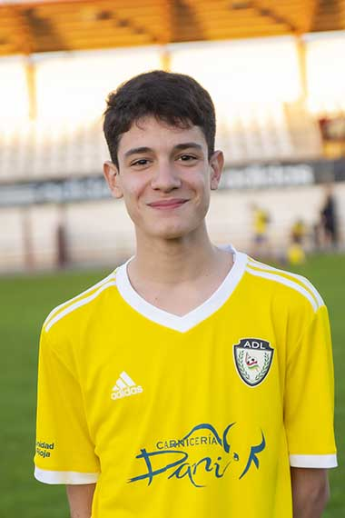 16 - Alejandro Vázquez