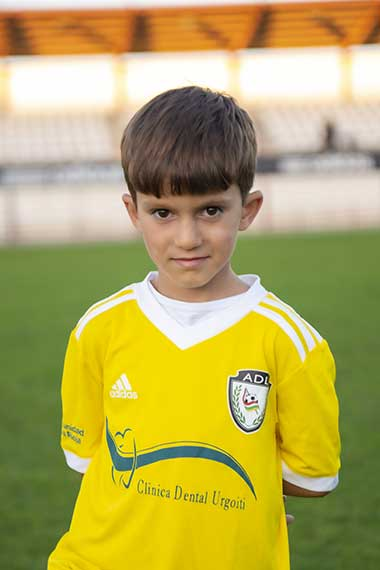 11 - Lucas Coloma