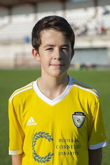 21 - Diego Lobato