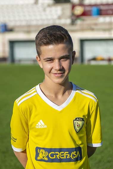 21 - Andrés Soto